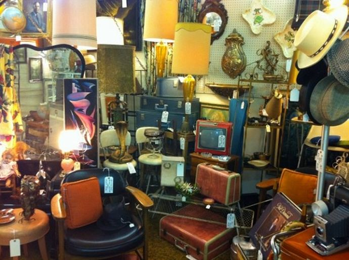 Gillette Furniture Consignment Wethersfield